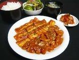 鶏豚の味噌焼肉定食