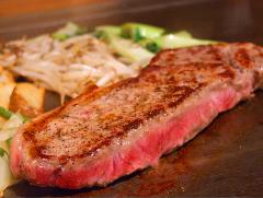★上質なステーキを鉄板でジューシー焼き上げる★