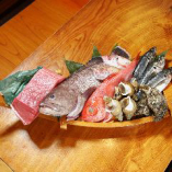 """""""新鮮魚介を堪能"""" 漁港より直送された鮮度抜群の魚をお刺身で"""