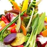 毎朝買付けの鎌倉野菜はとても新鮮で濃い味の野菜です。