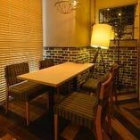 テーブル席個室(6~8名様)