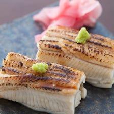 鮨バルといえばやっぱり【煮穴子】