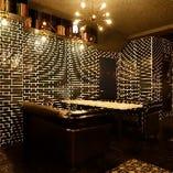 創作イタリアンとお酒をゆったり楽しむ人気のお洒落なソファー席