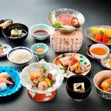 ◆【ランチ・ディナー】京の魅力を感じる会席コースで充実のひと時を『京会席コース ~月~』<全12品>