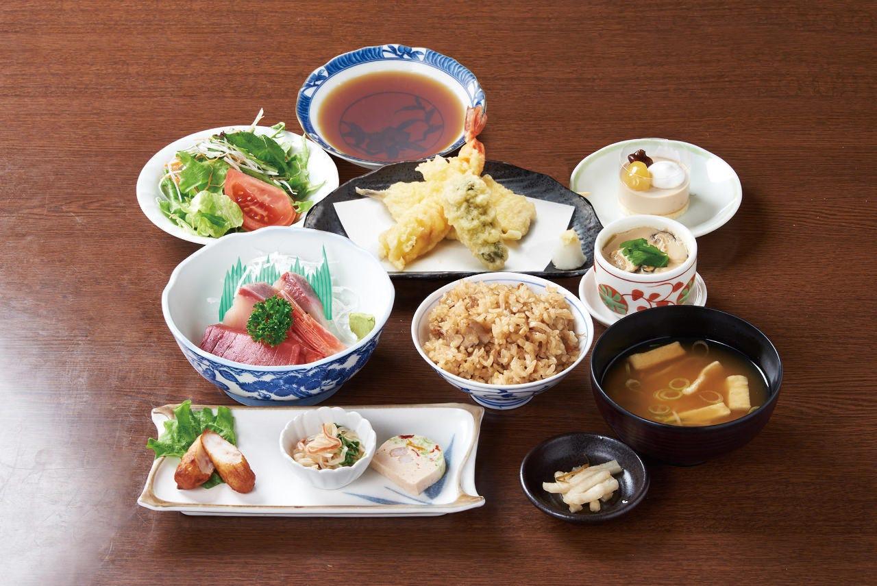 ■お刺身と天ぷらが楽しめる!お気軽コース 2H飲み放題付 全9品 5,000円(税込)
