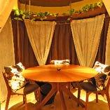 オシャレな円卓の完全個室☆映える空間で可愛い♪もちろん安心安全の換気もOK!!