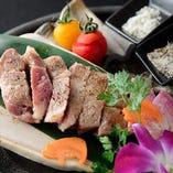 〈塩が選べる〉イベリコ豚のステーキ