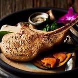 〈塩が選べる〉イベリコ豚Lボーンステーキ