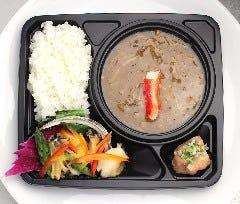 【蒸熱BOX使用】京橋雪園限定 活け鮑とフカヒレの特選弁当<ディナー限定・要予約>