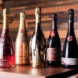 種類豊富なワインでリッチに乾杯