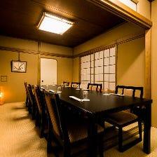 畳の匂いが香る個室は旅館の雰囲気
