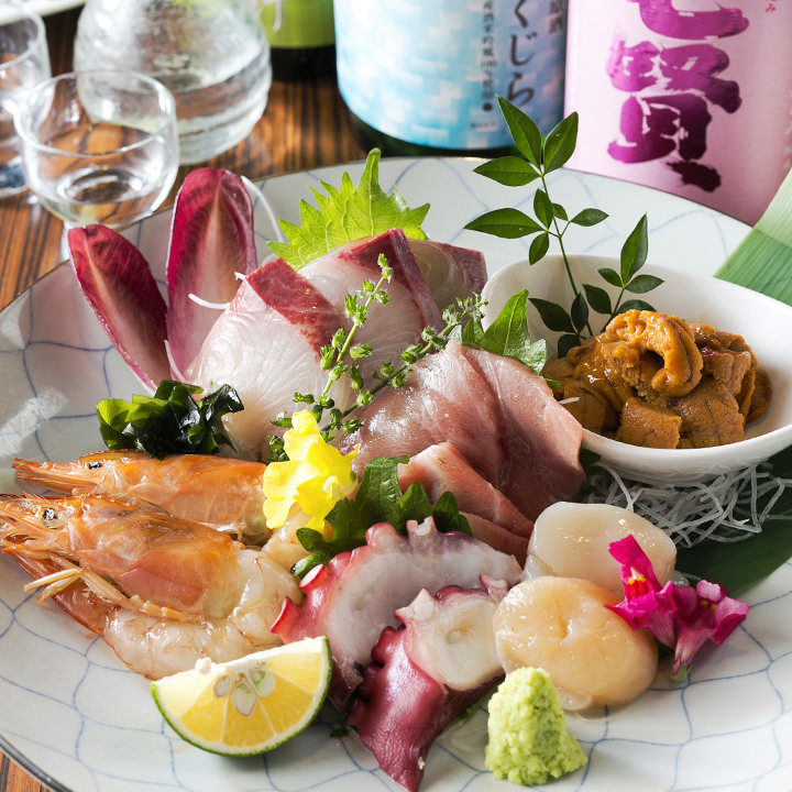 必食の価値アリ!鮮魚の刺身盛合わせ