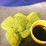 抹茶と黒蜜のわらびもち