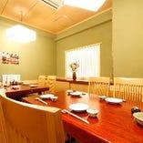 【人気席】2~10名様の個室席。接待や会食、宴会などにご利用頂けます。