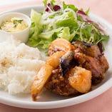 鶏と野菜のスイートチリ炒めプレート