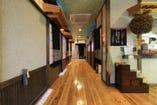 1階長屋風の廊下