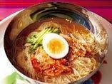 牛田の特製冷麺
