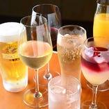 単品飲み放題1,500円もご用意あり!厳選日本ワイン4種が楽しめるプレミアムは2,000円