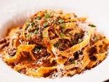 手打ちパスタなど、本格的なイタリア家庭料理。