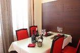 人目を気にせずお食事が楽しめる完全個室(2~4名様用)…全2部屋