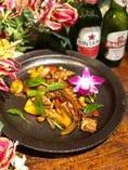 鶏のカシューナッツ甘辛炒め