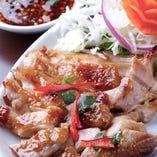 ガイヤーン タイ醤油で味付けした鶏のあぶり焼き