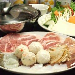 タイレストラン シヤー・トムヤムクン・ポーチャナー