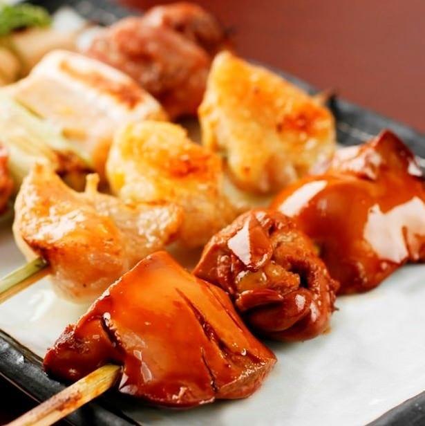 比内地鶏は毎日秋田より直送! 手打ちにこだわる串焼!絶品です