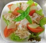 土佐野菜サラダ。直七果汁を使ったドレッシングで!!