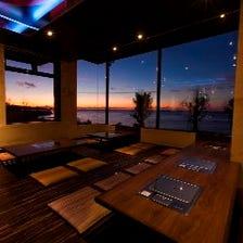 沖縄の夜を贅沢に楽しめる空間