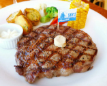 上質のステーキをフルコースで味わえる!