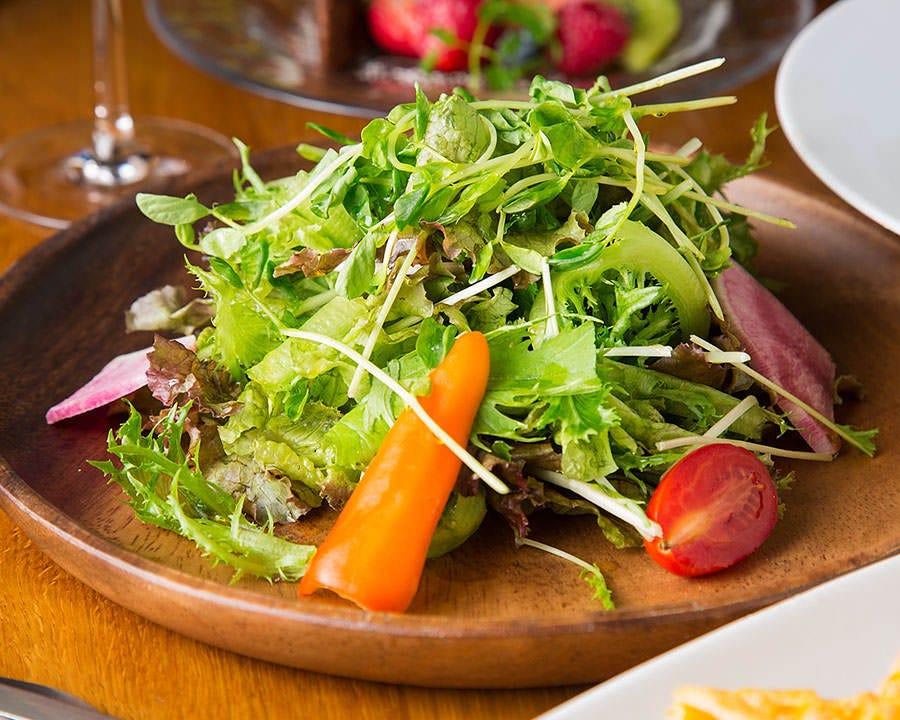 糸島の野菜を使っています!