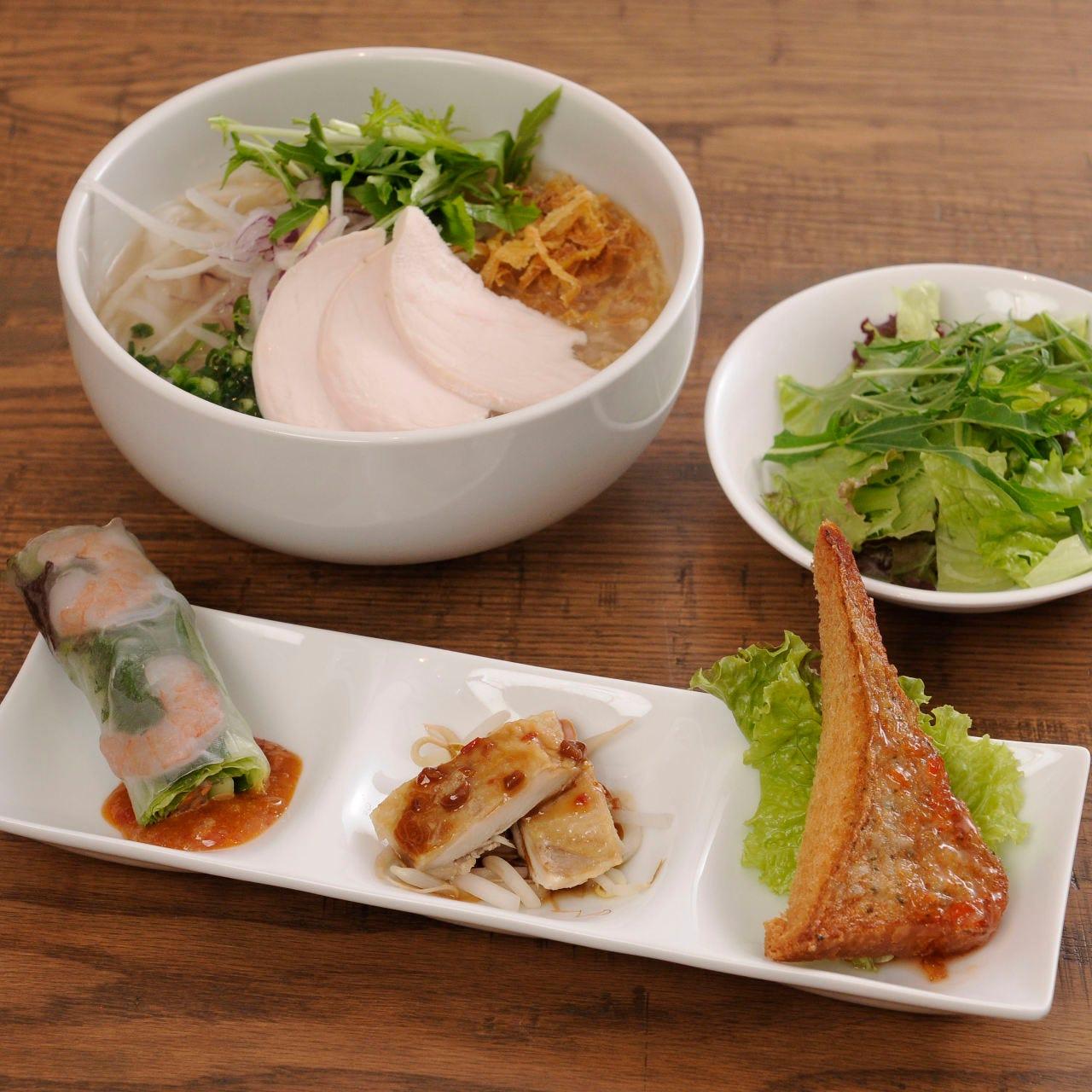 <スペシャルランチセット> フォーガー&前菜&サラダのセット♪