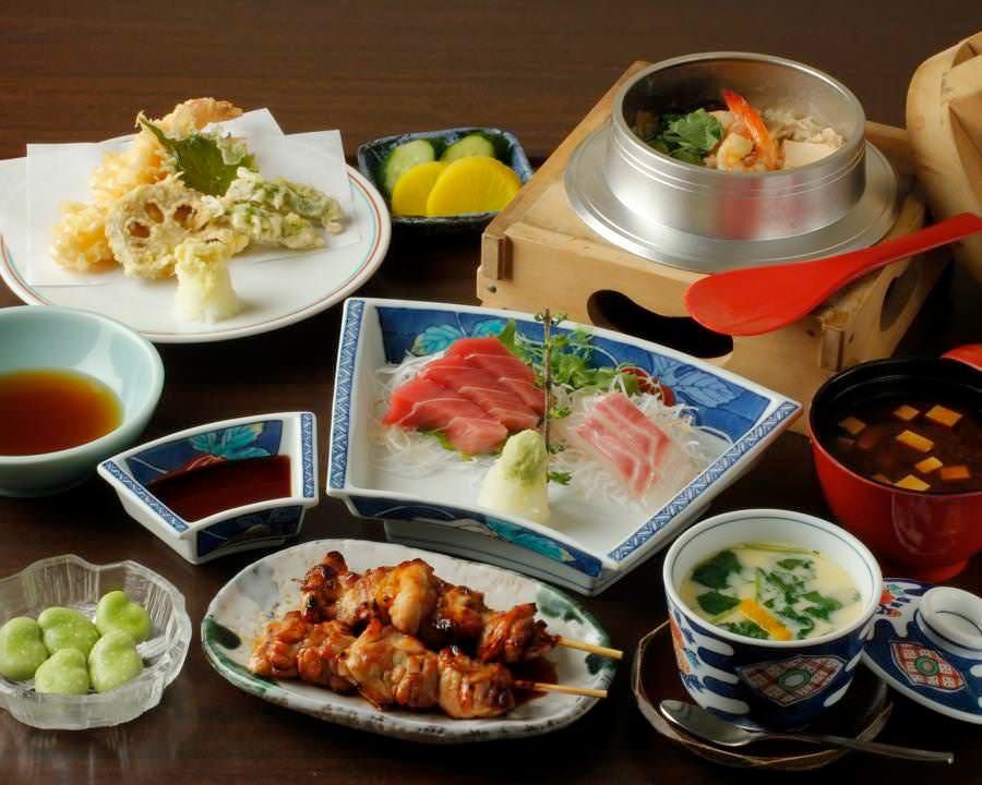 お昼のご宴席やご接待に。釜めしが選べるコースは2種類あります