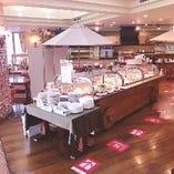 【1~50名様】神戸市・三田市の山々を臨む開放的な空間でお食事を