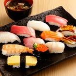 お寿司をたくさん食べたい時はまる寿司セット