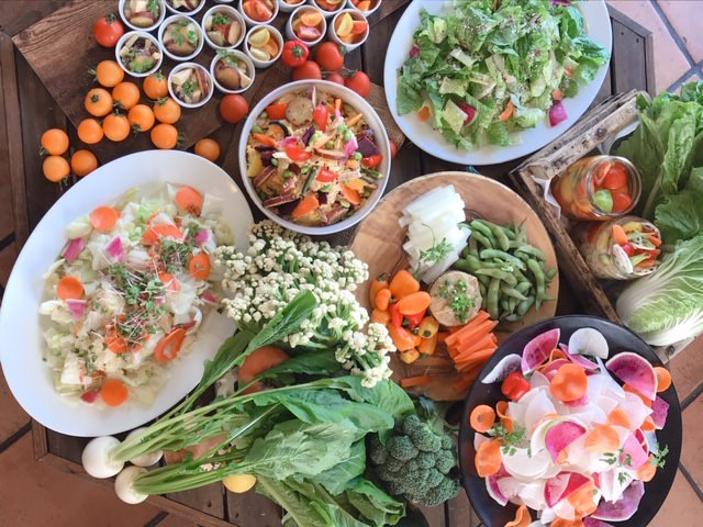 農家直送野菜とワインのお店 SHUKAKUSAI