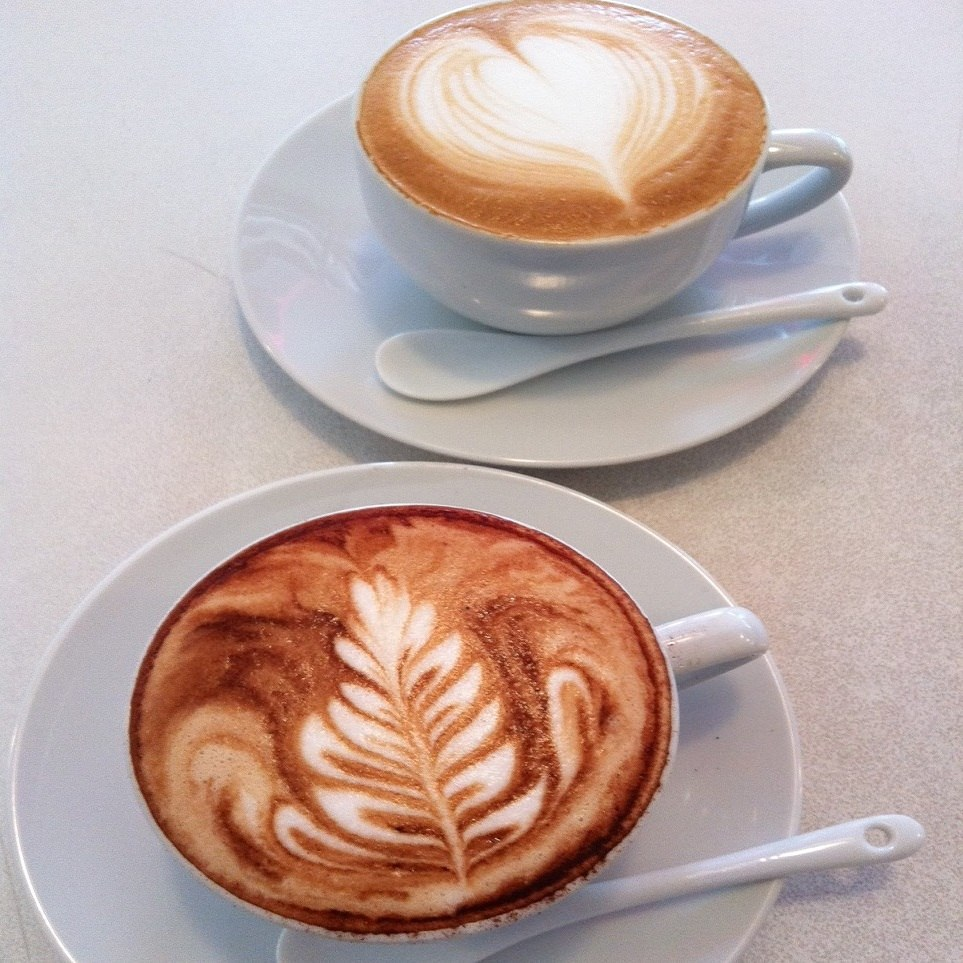 15:00~16:00まではカフェタイム  ドルチェセットが人気!!