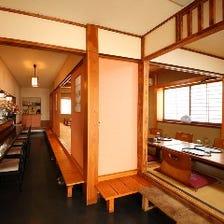 個室が4部屋。繋がれば最大30名様
