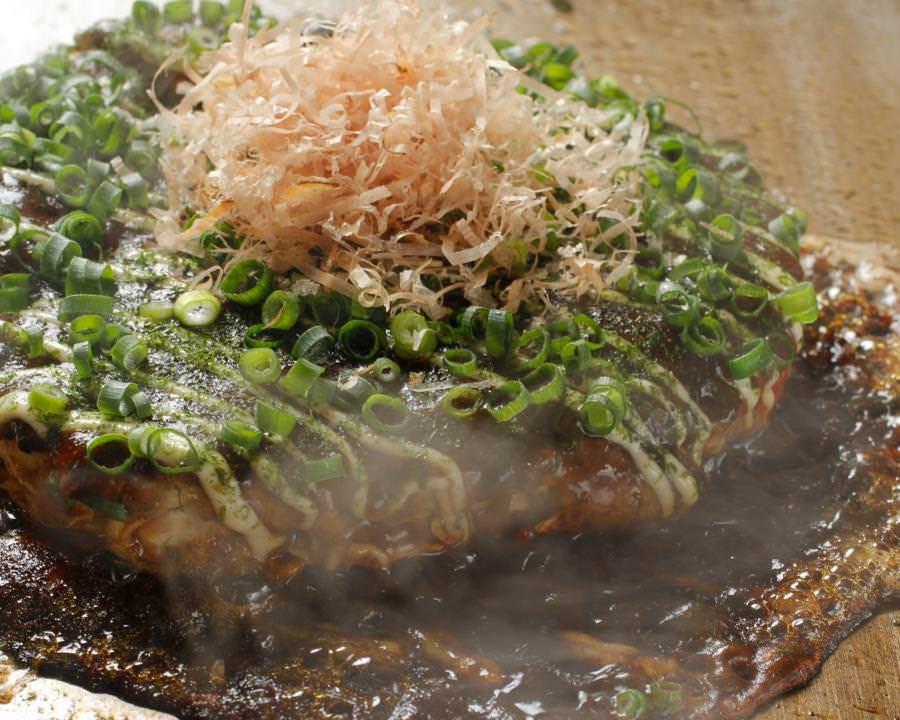 粘りの強い大和芋入りお好み焼き