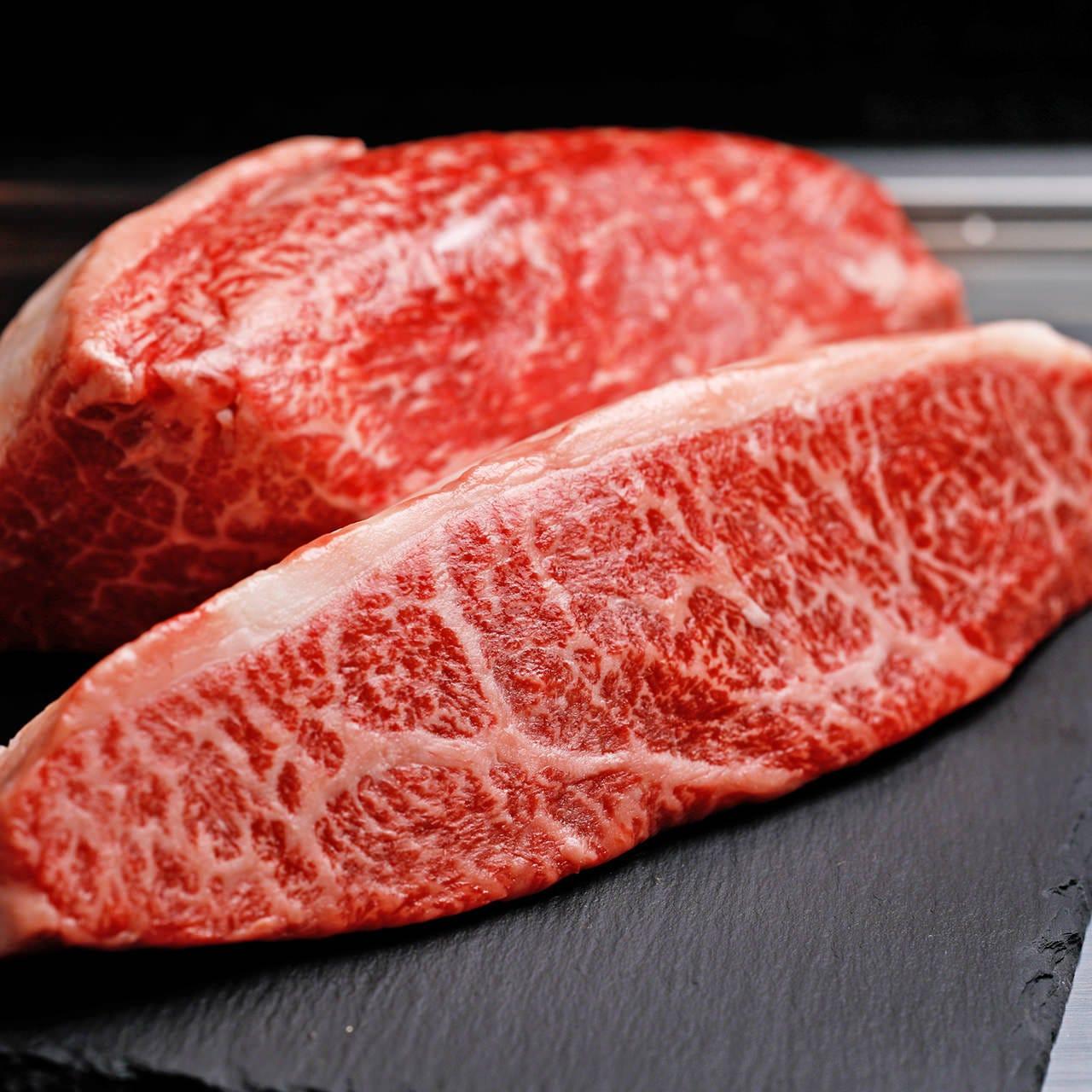 極上の素材で堪能する鉄板ステーキ