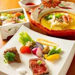 日本料理 新(あらた)
