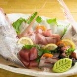豊洲市場直送の新鮮鮮魚!実は刺身も美味しいです笑