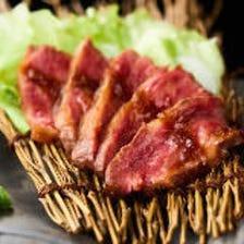 【イチオシ】和牛レアステーキ
