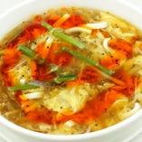 酢と黒胡椒の辛味スープ