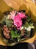 花束のご用意承ります。