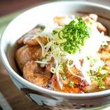 究極の一品『あぐー豚丼』 一日限定5食です!!