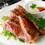 板長が厳選した国産牛を使用したサーロインステーキ【栃木県】