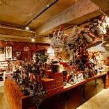 待ち時間は、こだわりの雑貨が並ぶアイデア雑貨店『ワスレナイ』でお過ごしください