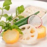 季節野菜の塩茹で